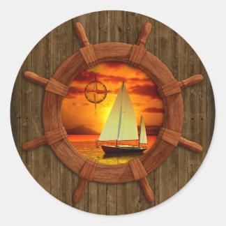 Puesta del sol del velero pegatina redonda