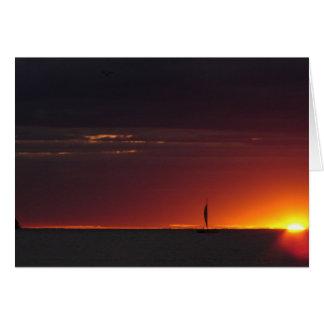 Puesta del sol del velero felicitaciones
