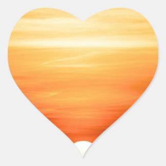 Puesta del sol del verano pegatina en forma de corazón