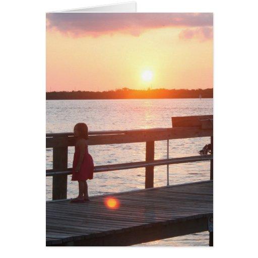 Puesta del sol detrás del muelle en la Florida con Tarjeta De Felicitación