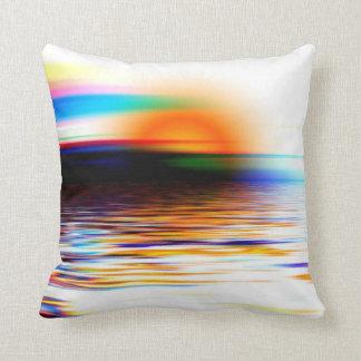 Puesta del sol divina colorida del arco iris en la almohada