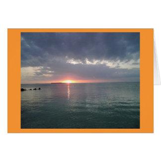 Puesta del sol dominante 6 del Largo Felicitación