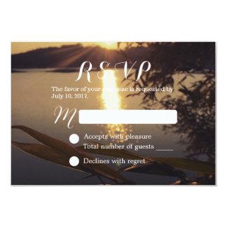 """Puesta del sol elegante del lago que casa RSVP Invitación 3.5"""" X 5"""""""