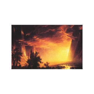 Puesta del sol en el abrigo de la lona del valle d lienzo envuelto para galerías