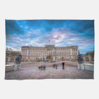 Puesta del sol en el Buckingham Palace, Londres Toallas De Cocina