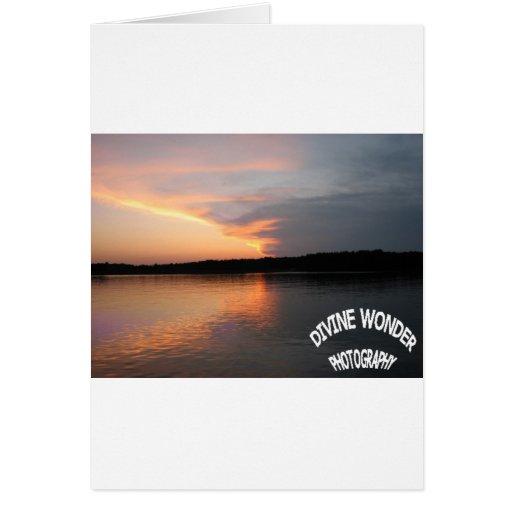 puesta del sol en el frente de la tormenta felicitaciones