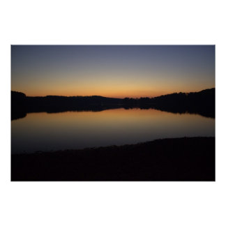 Puesta del sol en el lago Acworth Poster