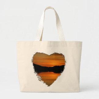 Puesta del sol en el lago Fox; Ningún texto Bolsa