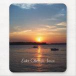 Puesta del sol en el lago Okoboji, Iowa Alfombrilla De Raton