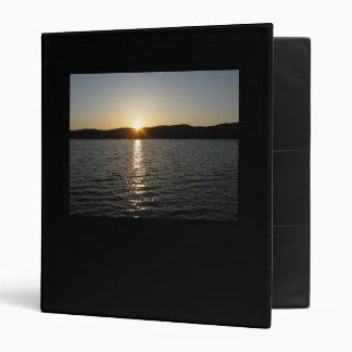 "Puesta del sol en el lago Onota: Horizontal Carpeta 1"""