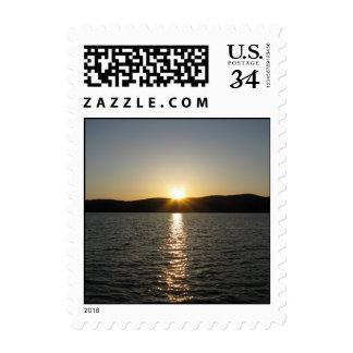 Puesta del sol en el lago Onota: Vertical - Franqueo