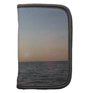 Puesta del sol en el lago Ontario Organizador