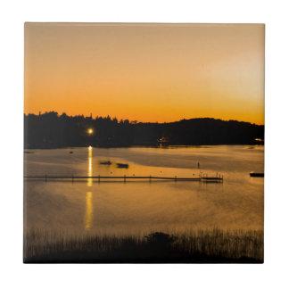 Puesta del sol en el lago Pickerel Azulejo Cuadrado Pequeño