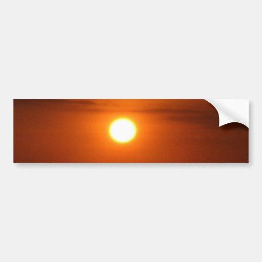 puesta del sol en el mar etiqueta de parachoque