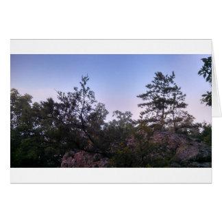 Puesta del sol en el parque de estado de la cueva tarjeta de felicitación
