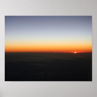 Puesta del sol en el poster de los 35,000ft
