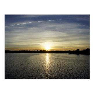 Puesta del sol en el Potomac Postal