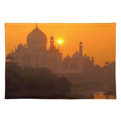 Puesta del sol en el Taj Mahal Mantel Individual