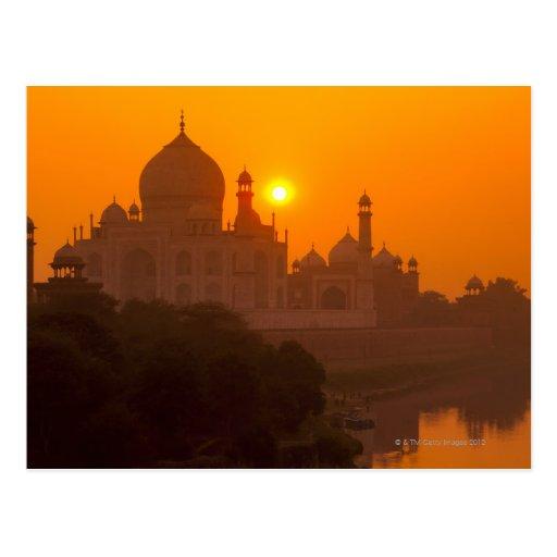 Puesta del sol en el Taj Mahal Postal