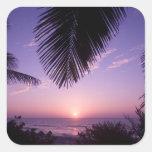 Puesta del sol en el West End, caimán Brac, Islas Pegatina Cuadrada