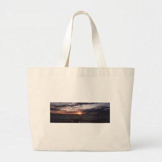 puesta del sol en gumee del gitchee bolsas
