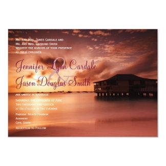 Puesta del sol en invitaciones del boda del puerto anuncios personalizados