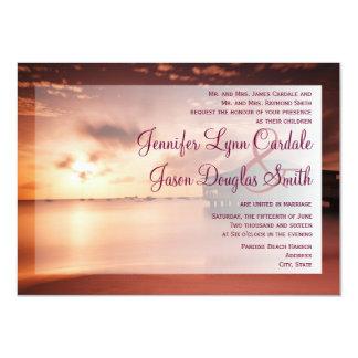 Puesta del sol en invitaciones púrpuras del boda invitaciones personales