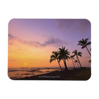 Puesta del sol en la bahía de Kahaluu en Kona, Haw Imán Rectangular