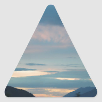 Puesta del sol en la carretera Alaska de Seward Pegatina Triangular