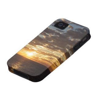 Puesta del sol en la foto del mar Case-Mate iPhone 4 funda