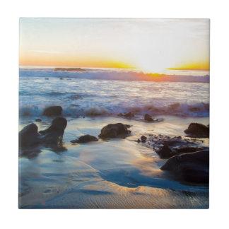 Puesta del sol en la playa azulejo ceramica