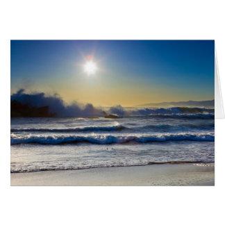 Puesta del sol en la playa de Santa Mónica, ondas  Tarjeta De Felicitación