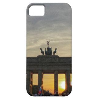 Puesta del sol en la puerta de Brandeburgo, Berlín iPhone 5 Fundas