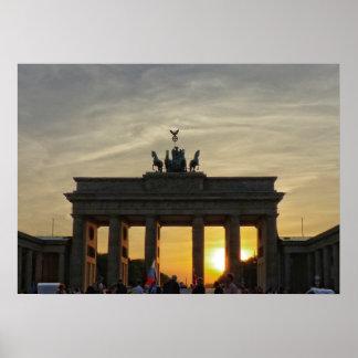 Puesta del sol en la puerta de Brandeburgo, Berlín Póster