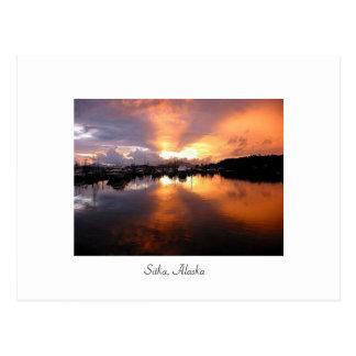 Puesta del sol en Sitka Tarjeta Postal