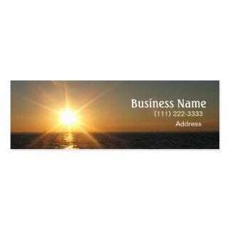 Puesta del sol en tarjeta de visita del lago Michi