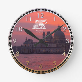 Puesta del sol en Venecia Reloj Redondo Mediano