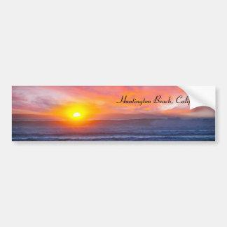 Puesta del sol espectacular en Huntington Beach Etiqueta De Parachoque
