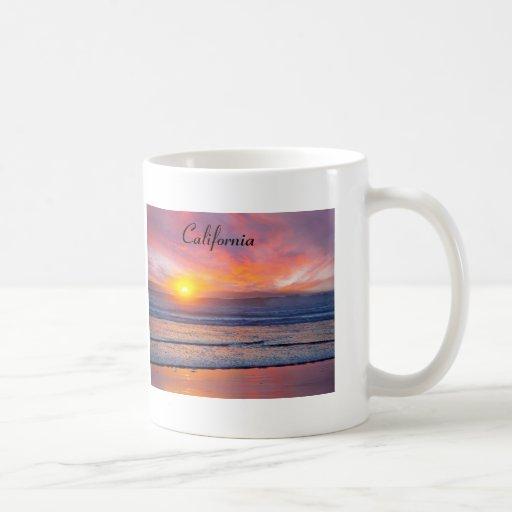 Puesta del sol espectacular en Huntington Beach Tazas De Café