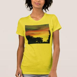Puesta del sol exquisita - camisa