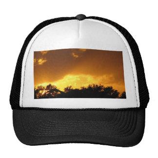 Puesta del sol fantástica gorra