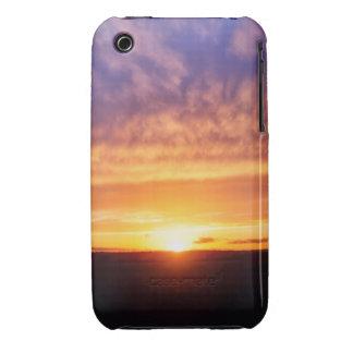 Puesta del sol gloriosa iPhone 3 Case-Mate protectores