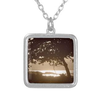 Puesta del sol hermosa de la playa de Onekahakaha Pendientes Personalizados