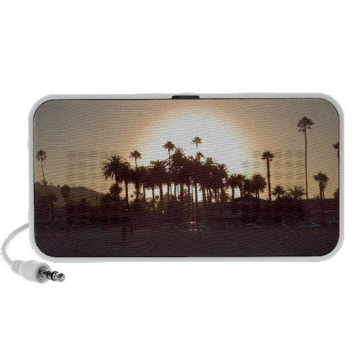 Puesta del sol hermosa de la playa de Santa Barbar iPod Altavoces