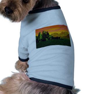 Puesta del sol hermosa de la selva tropical camisas de mascota