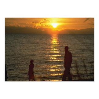 """Puesta del sol hermosa: El lago Malawi, Malawi Invitación 5"""" X 7"""""""