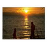 Puesta del sol hermosa: El lago Malawi, Malawi Postal
