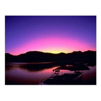 Puesta del sol hermosa: El lago Mead, Nevada Tarjetas Postales