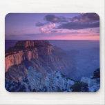 Puesta del sol hermosa: Gran Cañón, Arizona Tapetes De Ratón