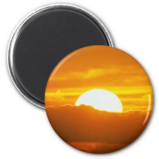 Puesta del sol hermosa: Moorea, paso externo del f Imán De Nevera